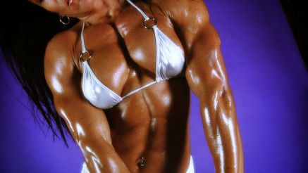 Jennifer Scarpetta shows her thick muscluar pecs