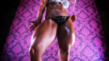 Jill Jaxen thick legs and muscle.