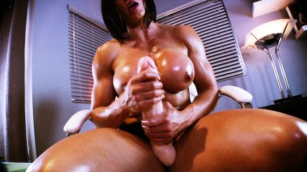 huge cock muscle girl futa jerk off