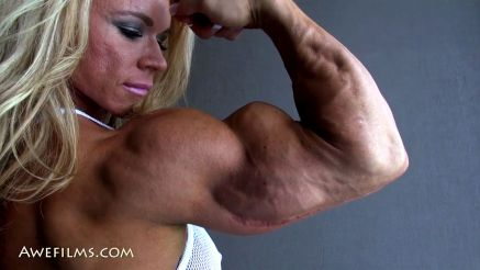 massivee female bicep on fbb Aleesha Young