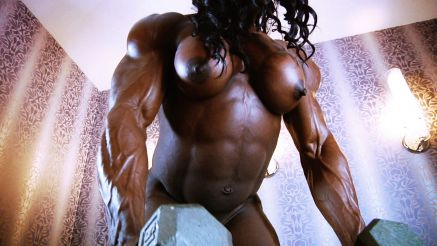 massive muscle female bodybuilder naked workout