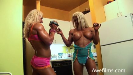 female bodybuilders girl on girl video each other