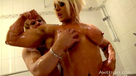 2 female bodybuilders naked in the shower