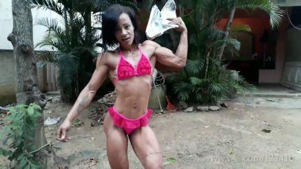 lean muscular brazilian girl in contest shape