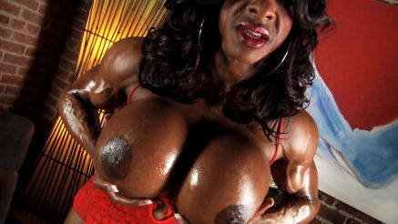 Yvette Bova oiled up muscle girl