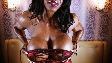 female bodybuilder Yvette Bova shows off massive fake tits