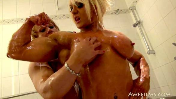 2 female bodybuilders naked in the shower