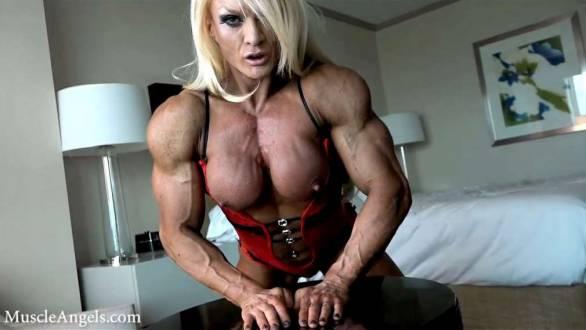 female bodybuilder lisa criss ripped contest shape pec muscle push ups