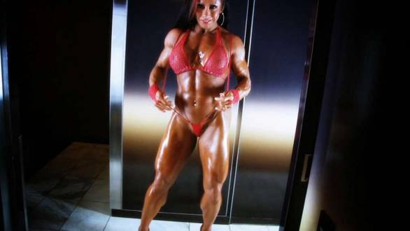 female bodybuilder muscular legs
