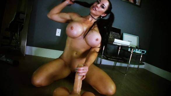 fitness model ready to suck big dick