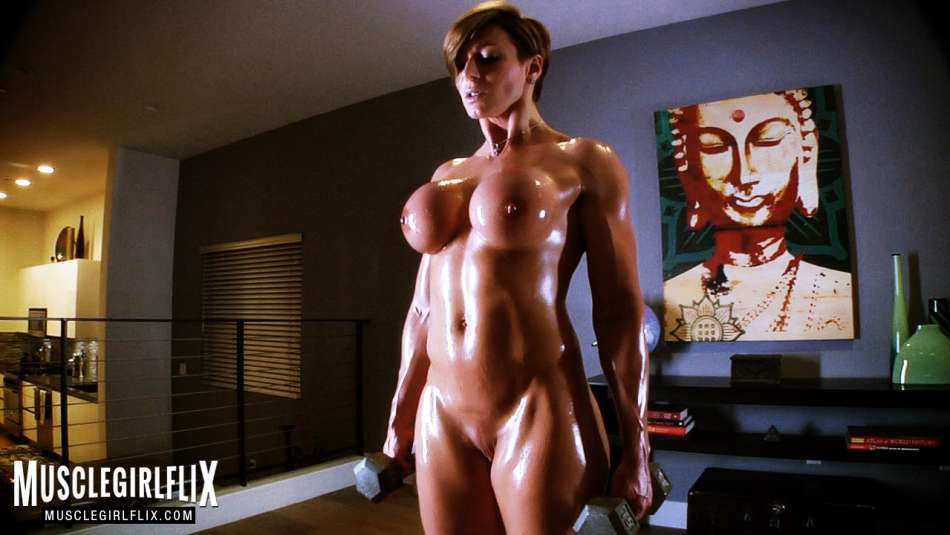 Rapture muscle girl squirt