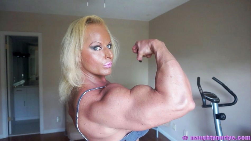 Nuriye Evans high bicep peak