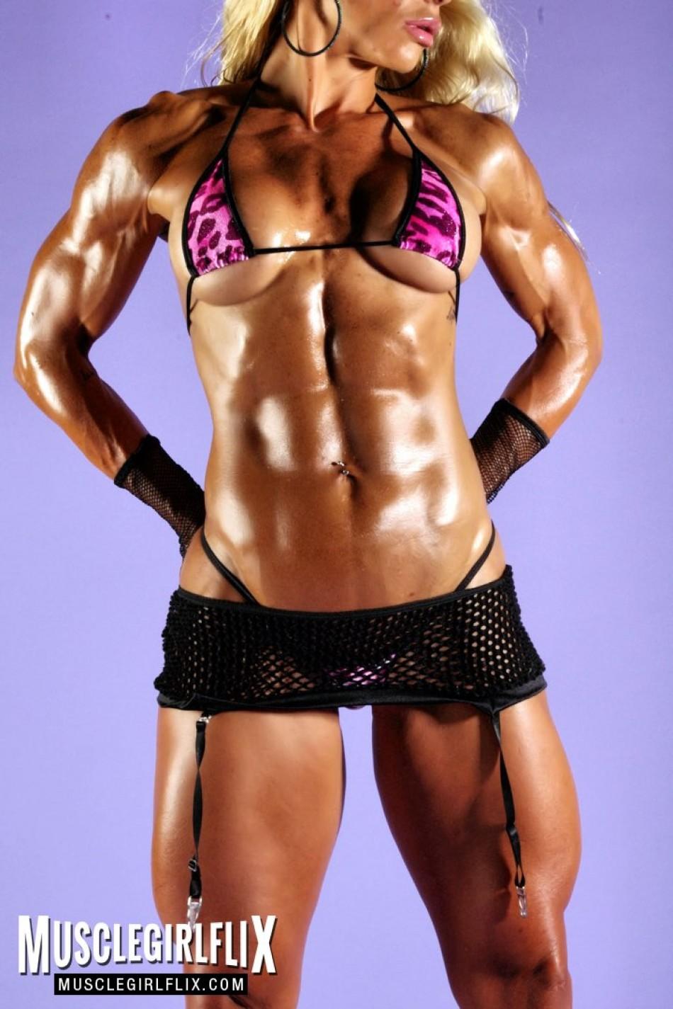 Jill Jaxen thick arms and abs.