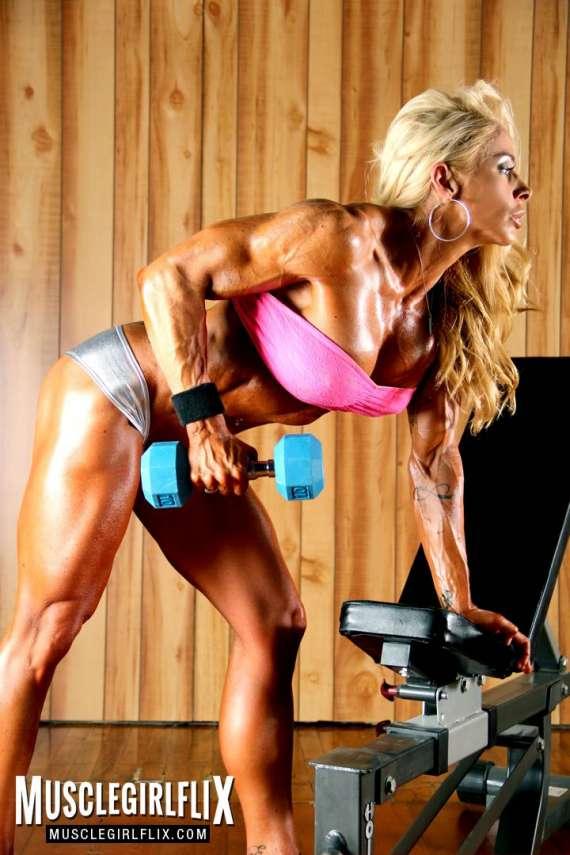 Jill Jaxen huge arms.