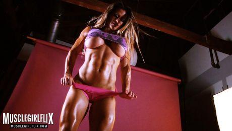 Maria Garcia Big Tits Female Bodybuilder Muscle Crush