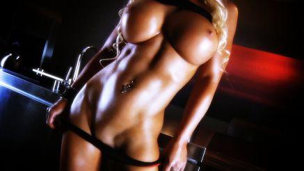 Megan Avalon incredibly hot bod