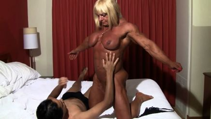 Muscle Girl Porn - Female Bodybuilder Porn - Female Muscle ...